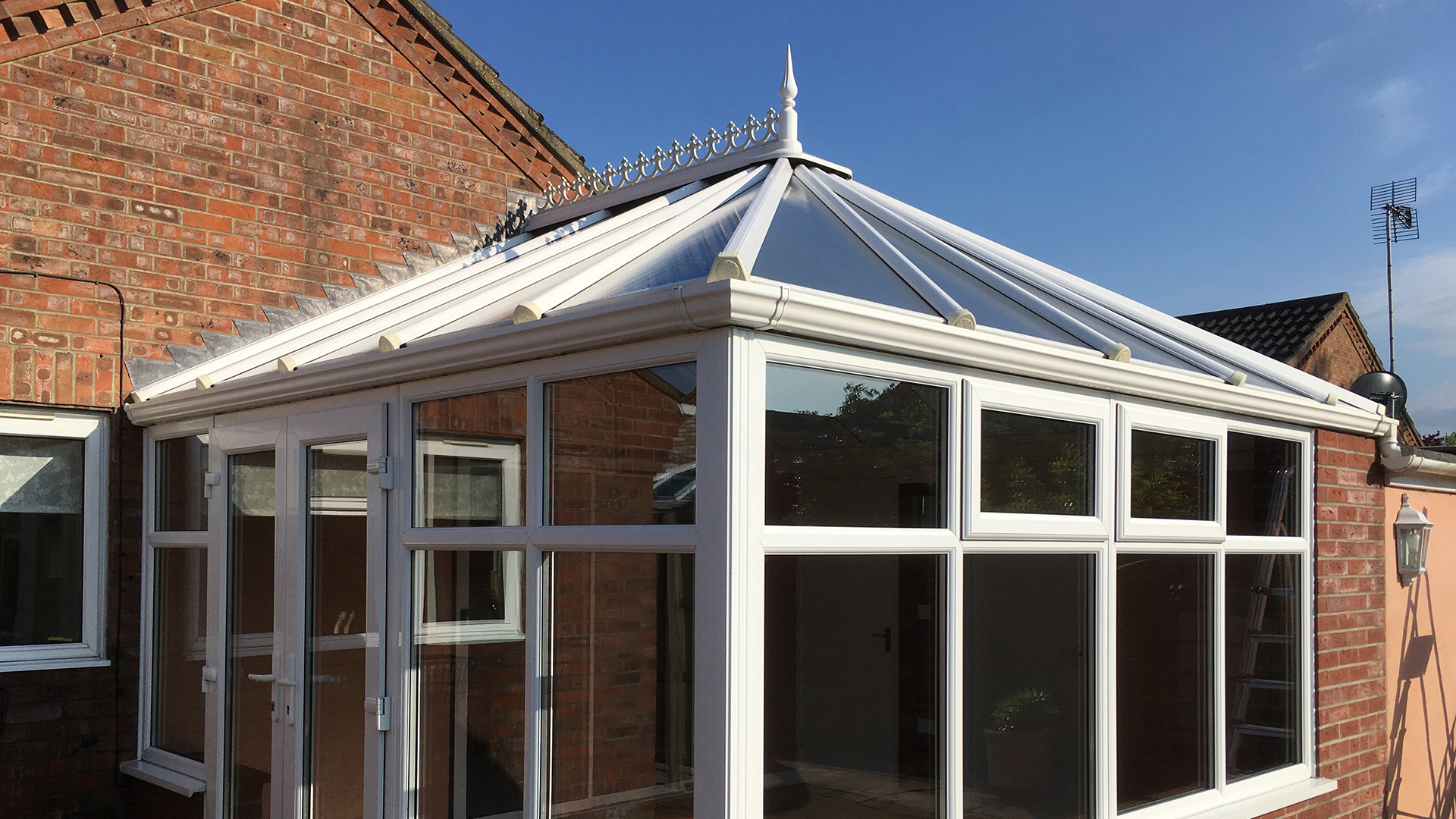image of a clean conservatory